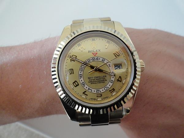 Rolex Sky-Dweller yellow gold Replica Watch